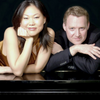 Duo Stephanie and Saar: One Piano Four Hands