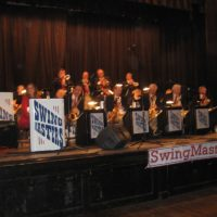 Swing Dancing with the SwingMasters