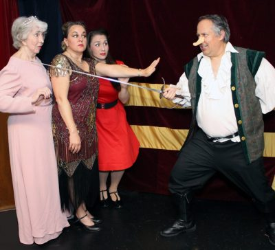 Moon Over Buffalo: Ken Ludwig's Comedy of the Stag...