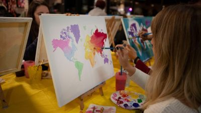 Pints and Paint: Let's Paint the World