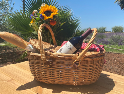 Fourth of July Wine Picnic at Great Bear Vineyards
